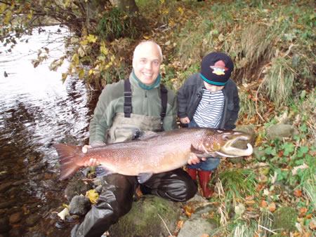 Ian Hardy's 31 lbs cock salmon from Marcus